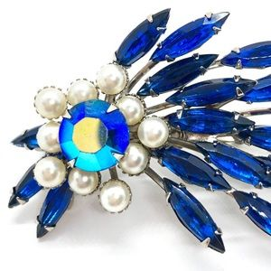 Vintage Spray Pin Blue Rhinestones Glena Gems